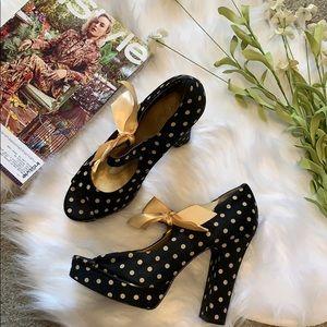Zinc black polka dot chunky retro heel size 8.5